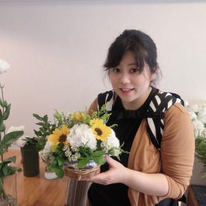 キレイなお花とおいしいお茶、そして楽しいおしゃべりを楽しみました♪和光市お子さん連れOKの花教室