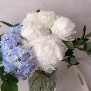 6月の花嫁みたいなブーケができました♪初心者さんでもできるフラワーアレンジメントコース埼玉和光
