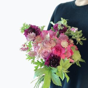 両家とも「バラがすごくいい香り」と喜んでくれました!母の日オーダー第2弾をご紹介♪