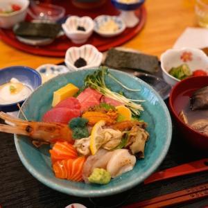 サービス満点で美味しい、けどなんかオシイ。豪華海鮮丼 @ 蚕室・石村湖