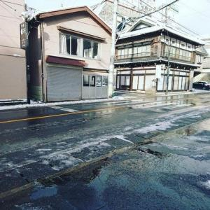 12月31日温泉街の道路状況