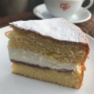 「ヴィクトリアケーキ」
