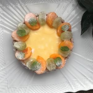 「柿のクリームチーズタルト」