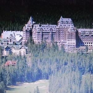 エッセイ(590)カナダ・バンフスプリングホテルの想い出