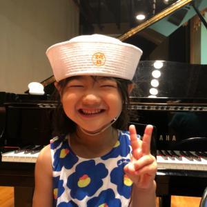 西区民センター9月のにっしーDAY ホールでグランドピアノを弾いてみよう