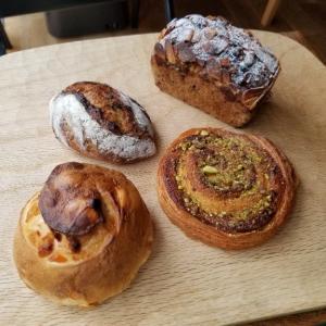 北九州「マイニチパン」美しいパン、美しい包装