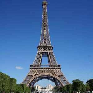 エッフェル塔のある風景