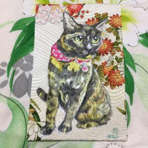 絹に描く猫似顔絵イメージアート44番 よつばちゃん