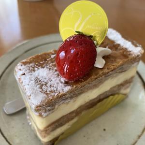 パティスリーYOSHIのケーキ。