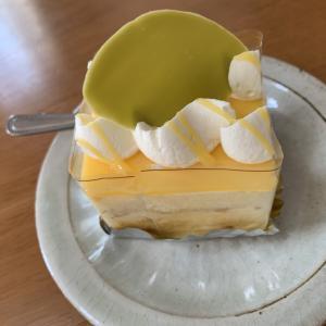 六花亭のレモンケーキがおいしかった。