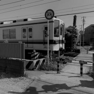 走り抜ける電車