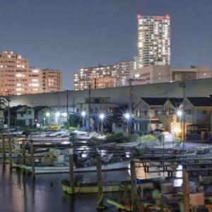 夜の船橋港
