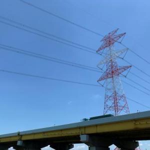 送電線鉄塔のある風景 33