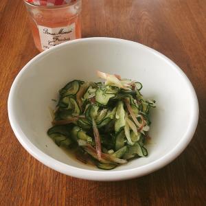 残った新生姜の甘酢で作った「きゅうりとミョウガの和物」