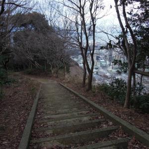 泉(天筒山登山道)