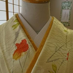 バイアス衿芯布を縫い付けた結果