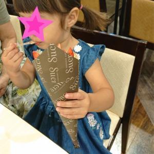 娘はじめてのクレープ★クレープリーカフェシュクレ店★2歳11ヶ月★