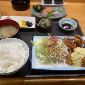 福岡渡辺通、居酒屋「すず兼」でよくばり定食ランチするおじさん