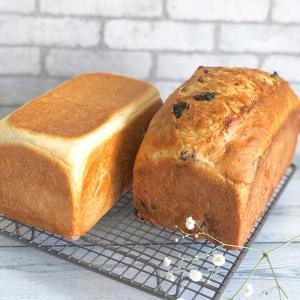 角食パンとレーズン食パン❤︎