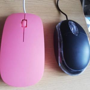 マウスは100均の格安品でも十分使える