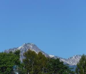 八ヶ岳 冠雪  エストレリータのベランダから
