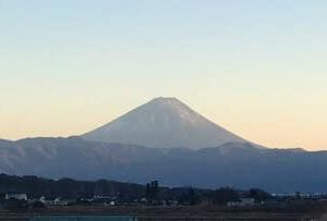 富士山と八ヶ岳の背比べ~八ヶ岳の民話