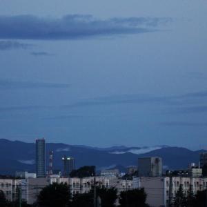 6月12日、早朝の富士山と遠景~♪♬