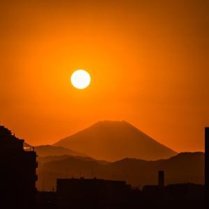 1月4日【八王子・富士見町カーブ】からのダイヤモンド富士(No.161)