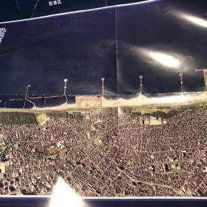 新潟港周辺の航空写真と工事計画図