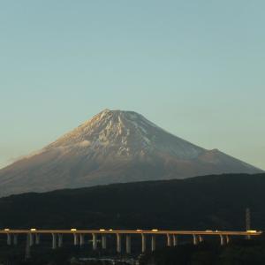 久しぶりの富士山  10日と12日 冠雪の季節