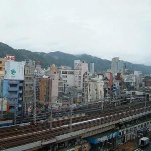 阪急三宮駅とJR三ノ宮駅から出た電車          2009年の今日  7月26日に掲載