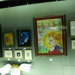 ムムリクさんの個展          2006年の今日    9月24日に掲載