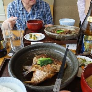 JR新宿駅南口の小田急サザンタワーにある店で昼飲みを楽しんだ