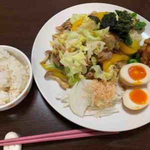 白米と肉野菜炒め