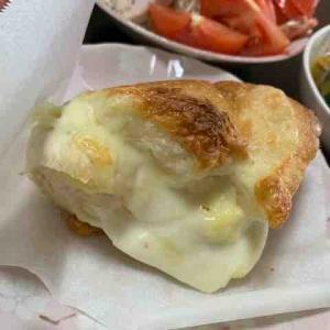 チーズフランスのチーズたっぷり部分