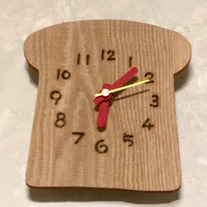 キッチンの可愛い時計
