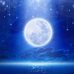 【水瓶座の満月】明日は一斉ヒーリングです。