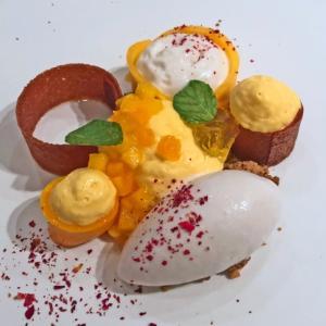 全皿デザートのような美しさ ジョンティー・アッシュ@白金台