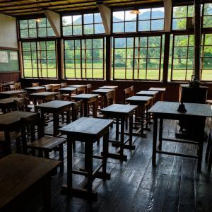 秋田県・仙北市☆思い出の潟分校*教室