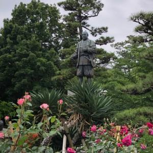 岡崎公園の徳川家康公像