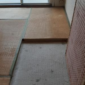 ■リノベ前ヴィンテージマンション 畳・給湯管・天井について