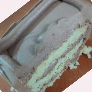 ほれ原田、賞与だ! 「トップスのケーキが賞与酷い塾」かわいそうな原田にお恵みを!