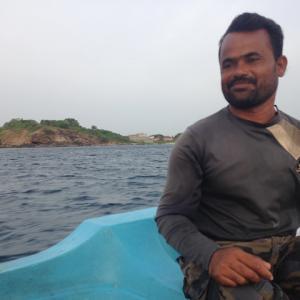 スリランカ・トリンコマリーでドルフィンウォッチング。イルカを見るだけでなく、イルカになもなれちゃいました★
