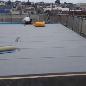 木造の陸屋根防水・・・当社では初めての施工です
