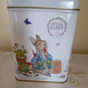 ピーターラビット缶入り 紅茶イングリッシュブレックファスト