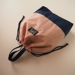 ナイロンのシューズバッグ