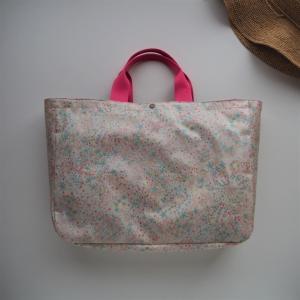 """【お知らせ】リバティ""""アデラジャ""""のラミネートバッグを出品しました"""