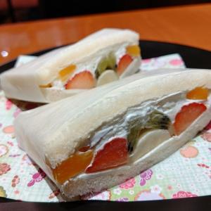 【烏丸】スタイリッシュなカフェで昔ながらのフルーツサンドを食す至福の時間☆神乃珈琲