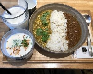 『Soup Stock Tokyo』で2種のカレーとスープのセット