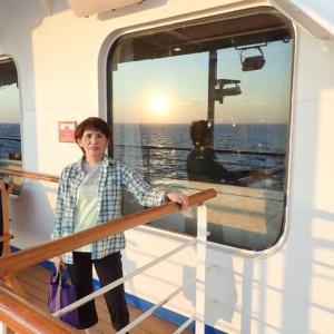 地中海のリヴィエラと美しきサントリーニ島クルーズ15日間 ④